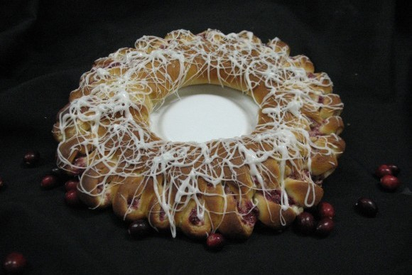 Cranberry and Cream Breakfast Ring 1