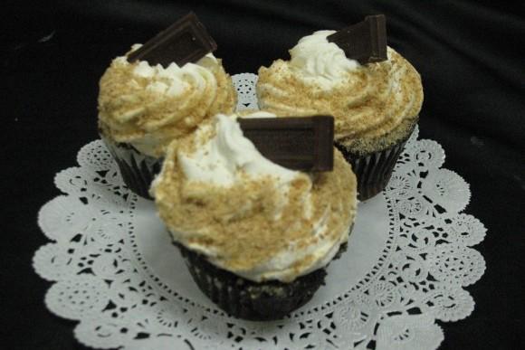 S'mores Galore Gourmet Cupcake