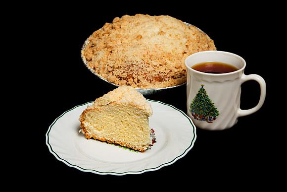Grandma's Holiday Struessel Cake