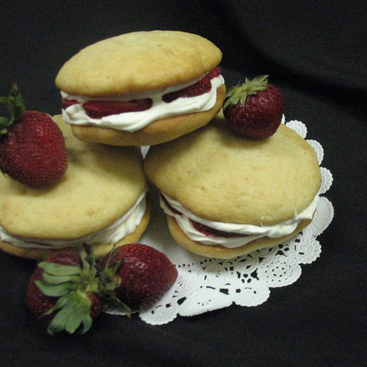 Strawberry Shortcake Gob