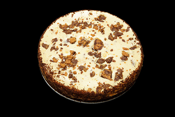 Reese's Chunk Cheesecake