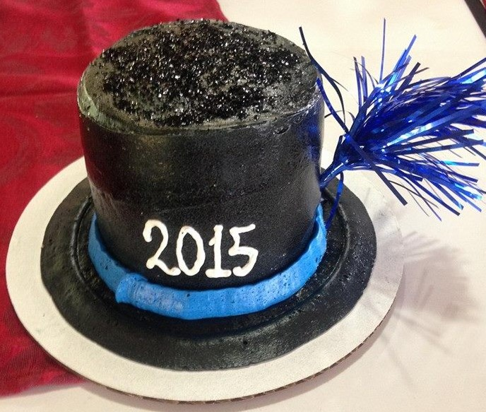 New Year's Top Hat Cake