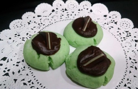 mint chocolate thumbprints